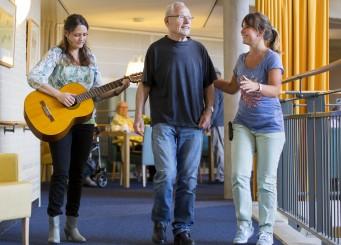 Muziektherapeute Vitalis maakt muziektherapie voor iedereen toegankelijk
